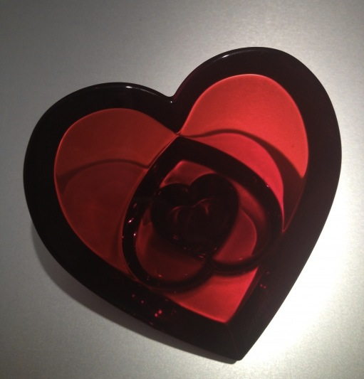 baccarat coeur 3 hearts, baccarat crystal, baccarat paperweight, baccarat, the best dress up
