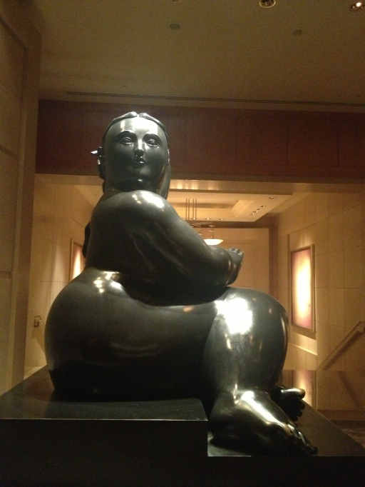 fernando botero, botero bronze, seated woman bronze 2002, beauty, art, the best dress up