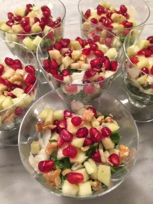 apple and pomegranate salad, the best dress up